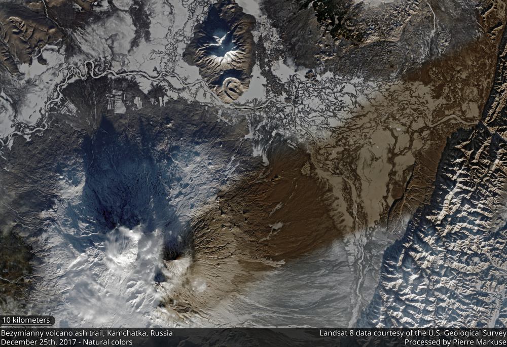 Bezymianny volcano ash trail