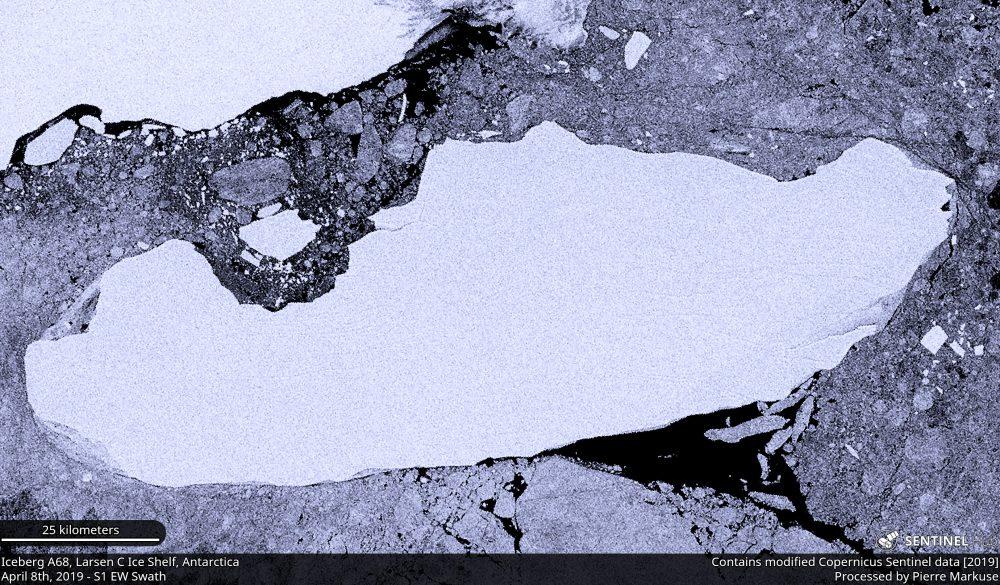 Iceberg A68, Larsen C Ice Shelf, Antarctica Copernicus/Pierre Markuse